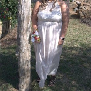 Dresses & Skirts - off white plus size prom dress